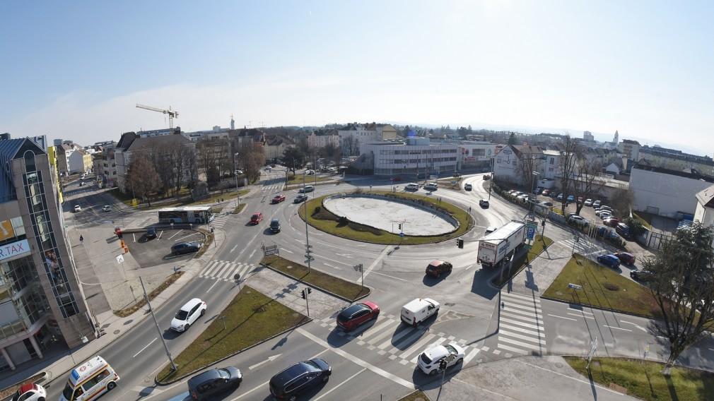 Blick auf den Europaplatz (Foto: Josef Vorlaufer).