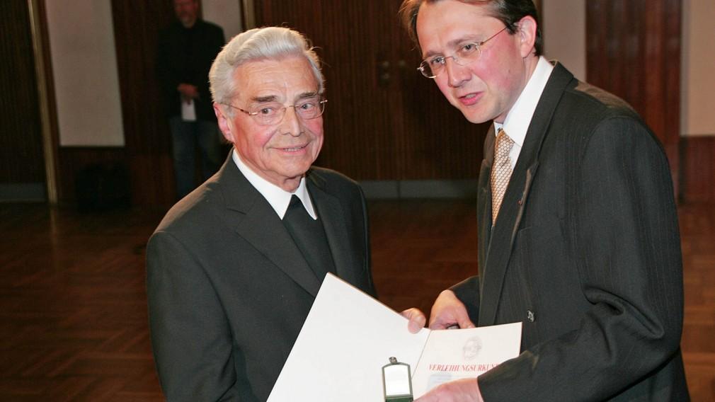 """""""Medienprälat"""" Mag. Josef Eichinger verstorben"""