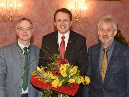 Blumenstrauß für Bürgermeister