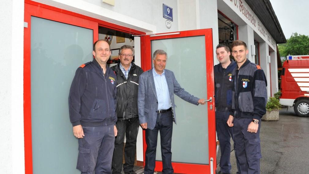 Feuerwehrhaus erhielt neuen Eingang
