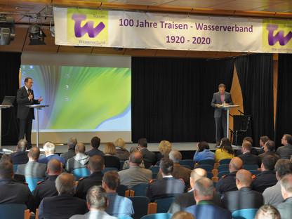 Mit hochkarätigen Gästen wurde das 100-jährige Jubiläum des Traisen-Wasserverbandes im VAZ gefeiert. (Foto: Wolfgang Mayer)