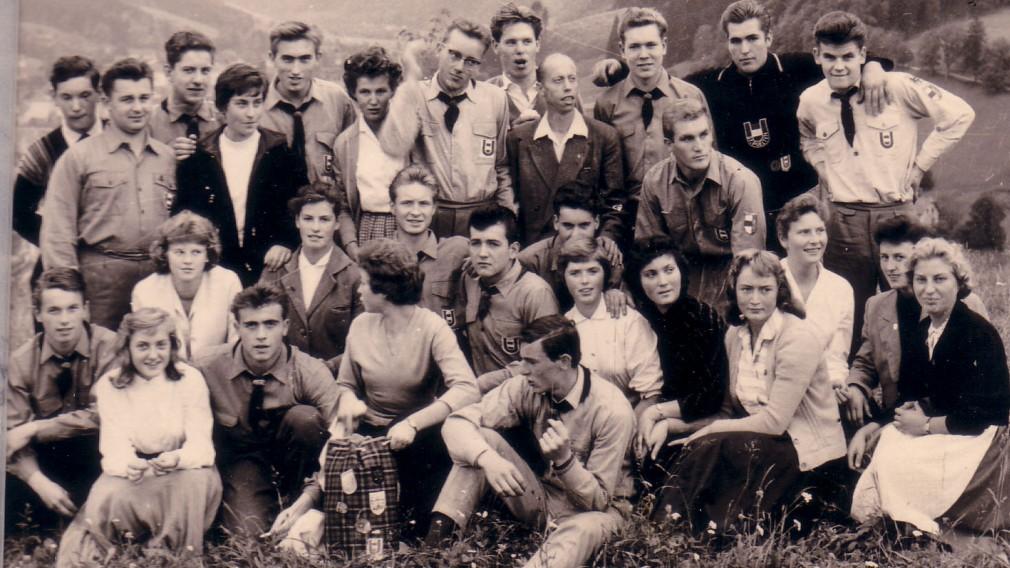 altes schwarz weiß Gruppenfoto der Sport Union St. Pölten