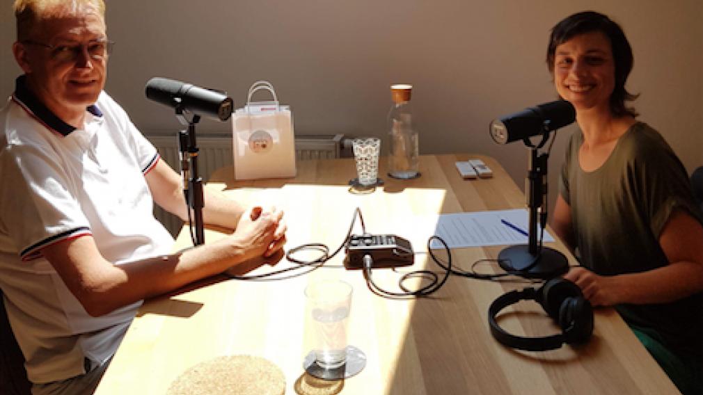 """Christina Kiehas (Yogena Yoga) unterhält sich in der aktuellen Podcast Folge 5 von """"Zeit für mich"""" mit Wolfgang Grabensteiner. (Foto: Christina Kiehas)"""
