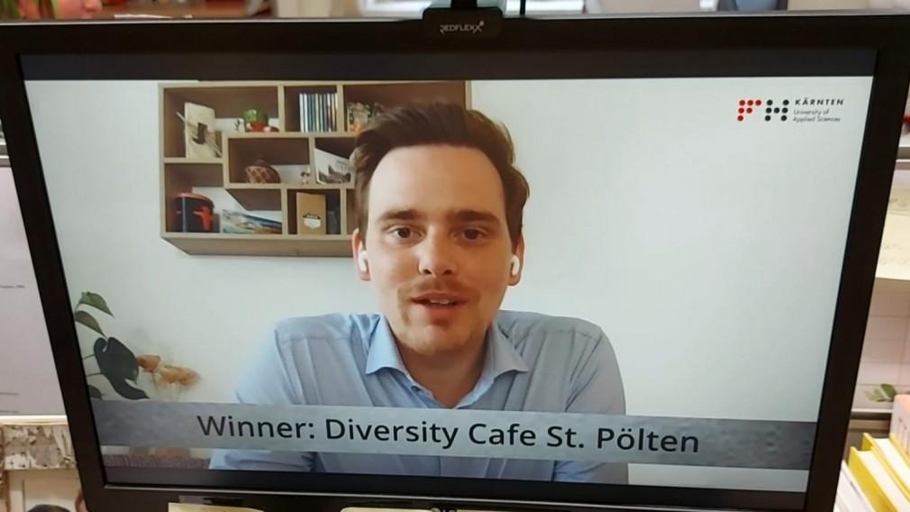 Das Team des Büros für Diversität freut sich über eine hohe Auszeichnung – den Österreichischen Verwaltungs-Sonder-Preis 2021 für das Diversity Café St. Pölten. (Foto: Mariella Schlossnagl)