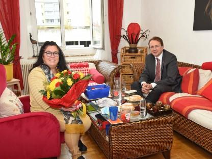 Der Bürgermeister und die diplomierte Lebensberaterin in der neuen Praxis. (Foto: Vorlaufer)