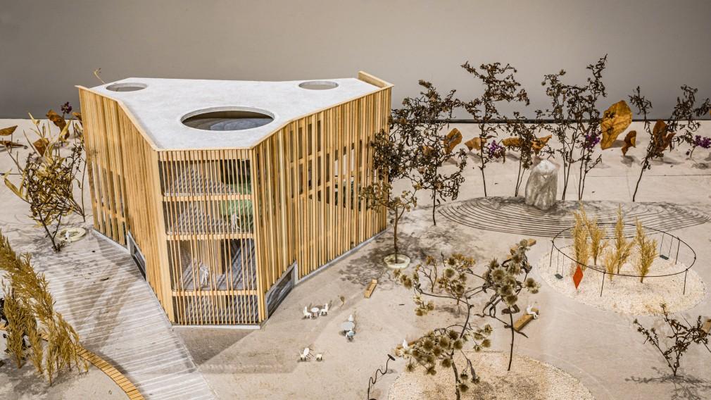 Das Modell des Siegerprojektes der Architekturausschreibung für das KinderKunstLabor von Schenker Salvi Weber Architekten ZT GmbH. (Foto: Arman Kalteis)