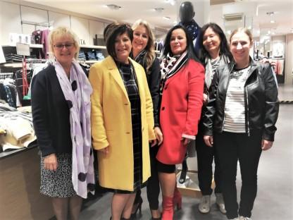 Mitarbeiterinnen im Bonita Geschäft. (Foto: Maria Schlickbier)