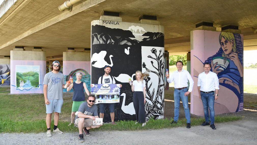 Graffiti-Kunst unter der ÖBB-Westbahnbrücke in St. Pölten. (Foto: Josef Vorlaufer)