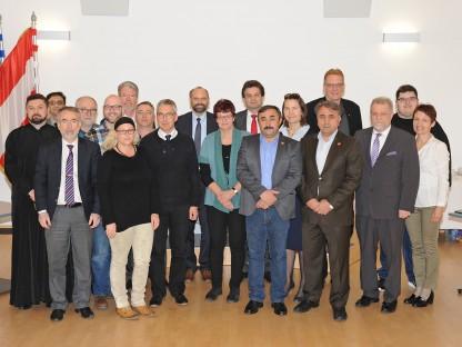 Menschengruppe (Foto: Josef Vorlaufer)