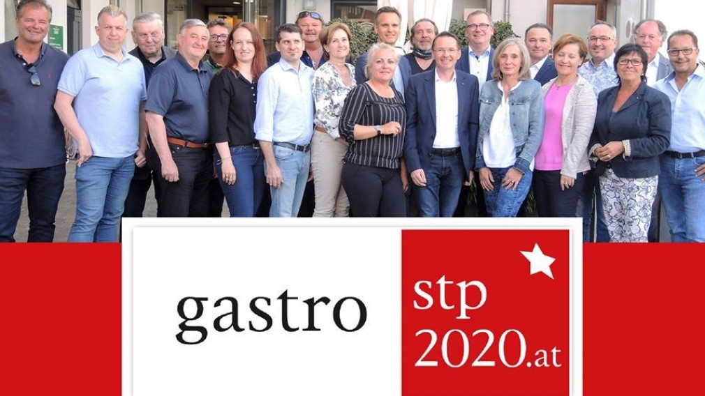 Gruppenbild Wirte und Wirtinnen von St. Pölten. (Fotocredit: Sepa Media).