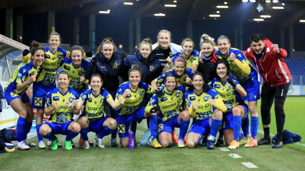 Gruppenbild der spusu SKN Frauenmannschaft.(Foto: Tom Seiss)