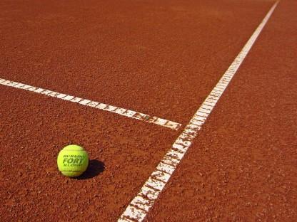 Tennishallen und -plätze
