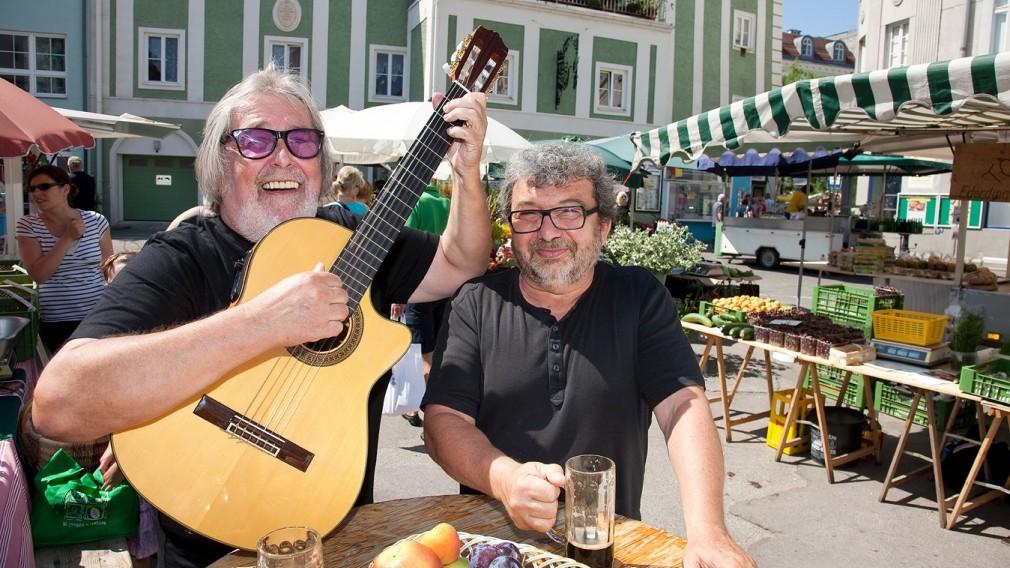 Grillen am Domplatz: Feinschmecker treffen Musik