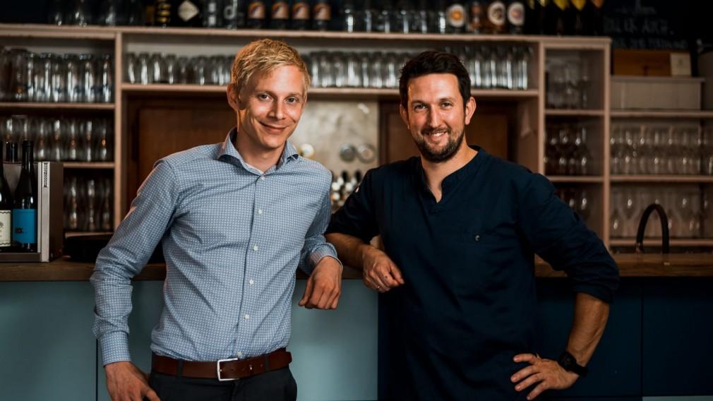 Maurice Harant und Werner Punz im Restaurant Vinzenz Pauli. (Foto: Philipp Hinterecker)