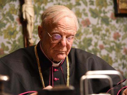 Schauspieler Johannes Seilern als Bischof Michael Memelauer. (Foto: Gerhard Mader).
