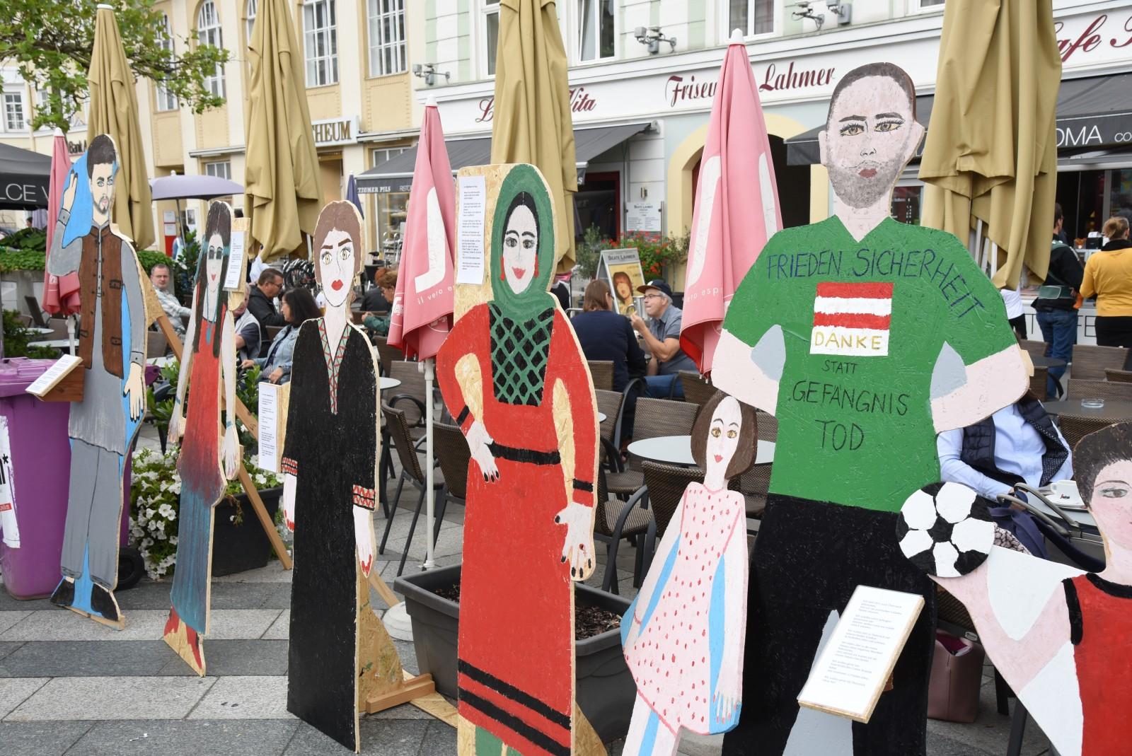 Begegnungen am Rathausplatz