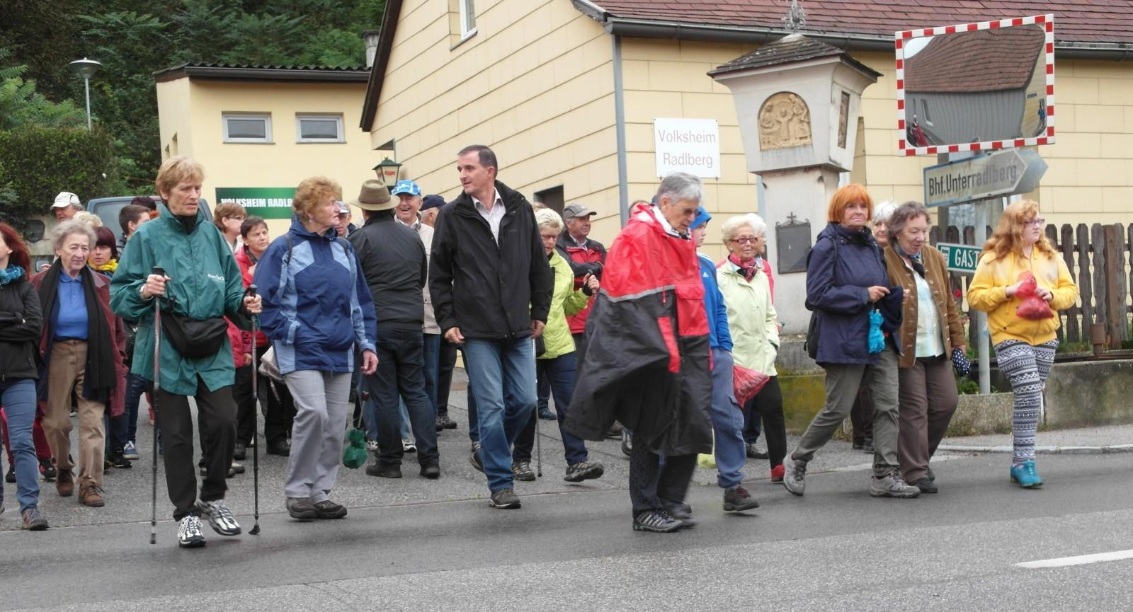 Klimafreundliche Wanderer im Norden St. Pöltens