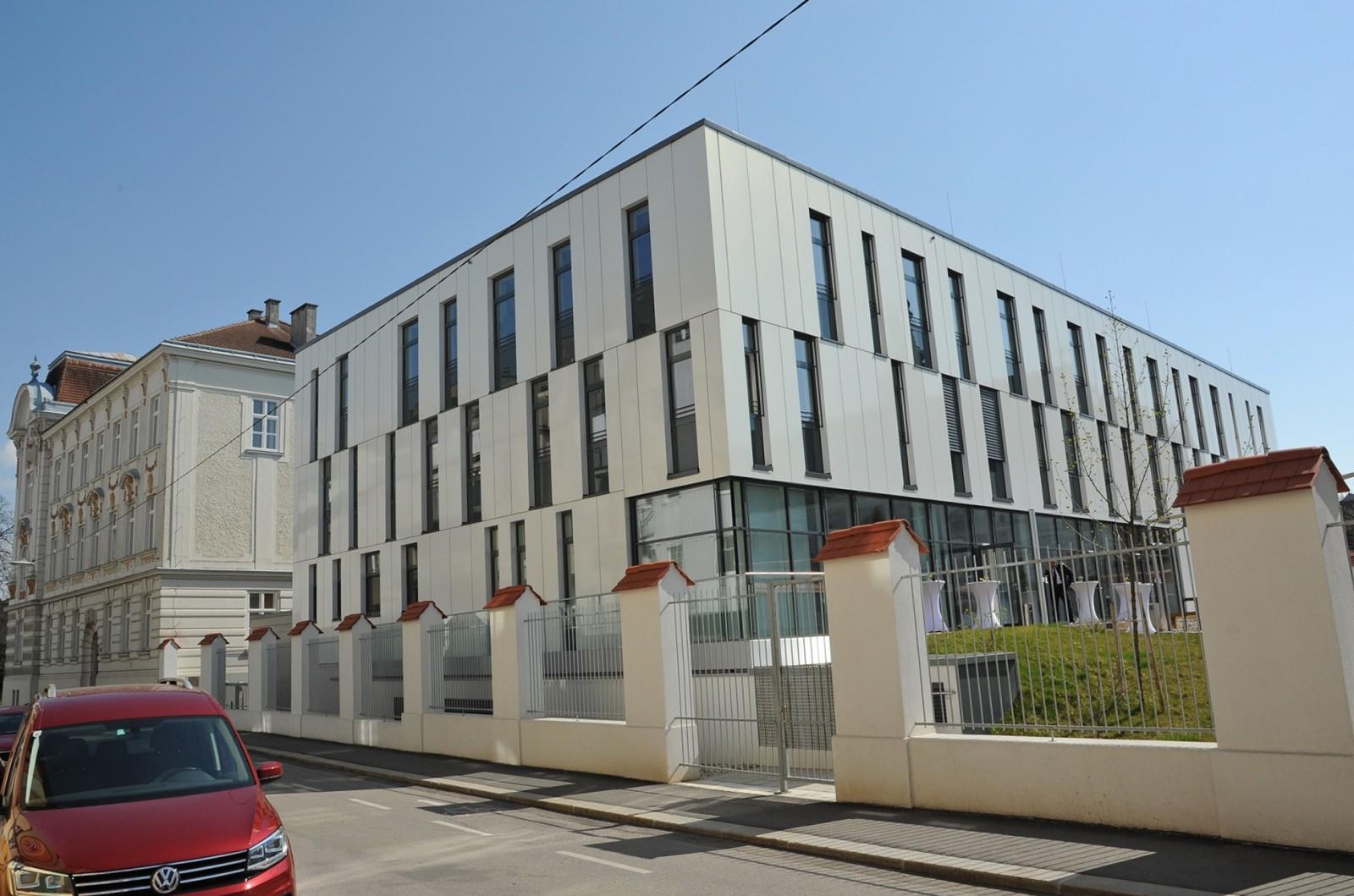 Neues Bauamt für den Bezirk