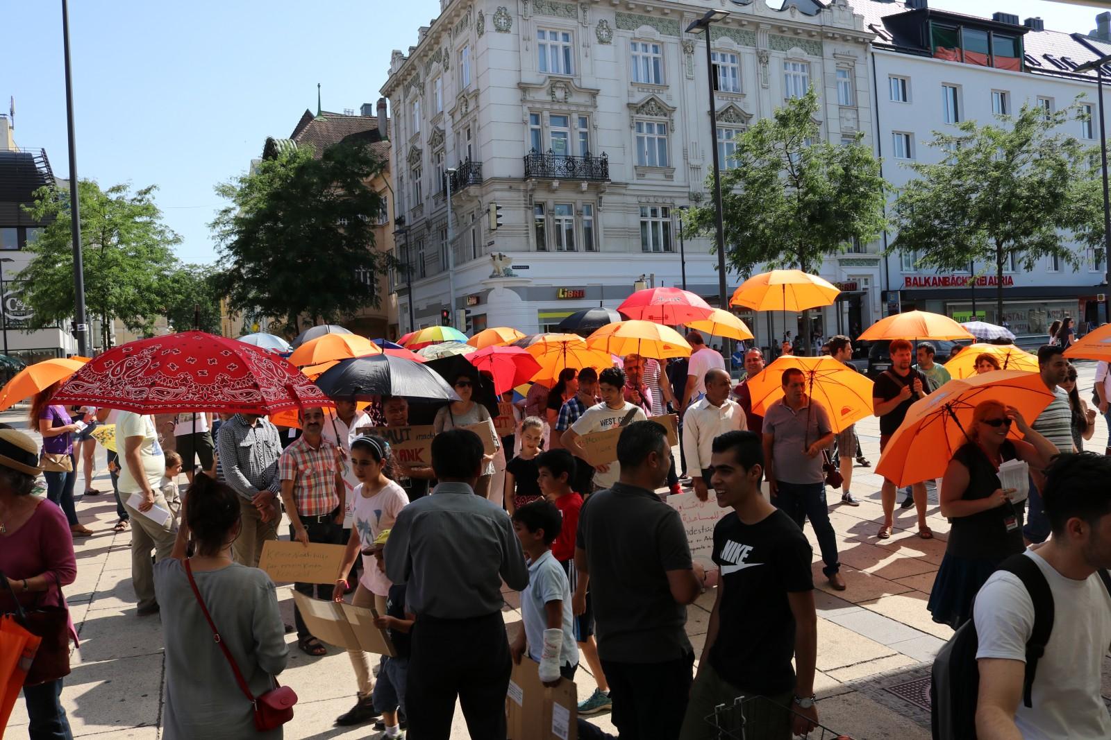 St. Pölten spannt die Schirme auf!